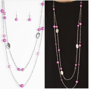 HITTING A GLOW POINT PURPLE NECKLACE/EARRING SET